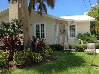 Front Yard - Sea Palm Cottage