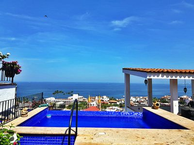 Photo for Lovely OCEANFRONT Studio Apt❤Spectacular Views, steps to Malecon and BEACH⛱