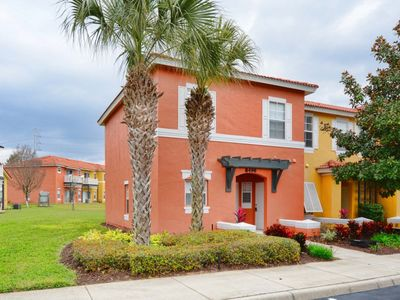 Photo for MINUTES TO DISNEY, GREAT FAMILY TOWNHOME, FREE WIFI, FLAT SCREEN TV