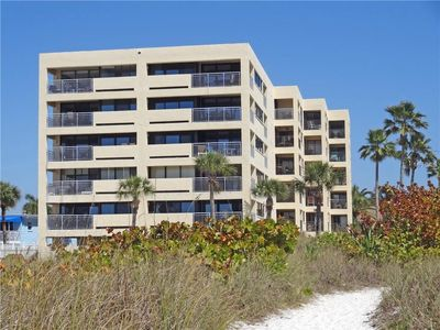 Photo for Siesta Sands Beach Resort - Unit 410
