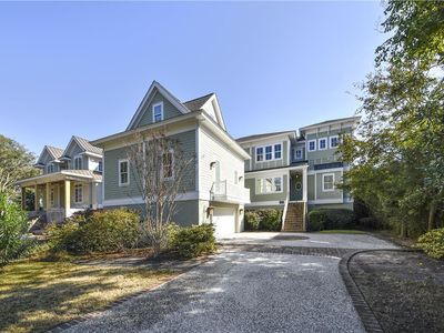 Oceanfront w/ Large Private Pool, 2 Decks, Elevator, Pool Table & Ping Pong!