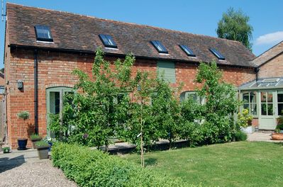 Beautiful spacious historic Barn in a village location