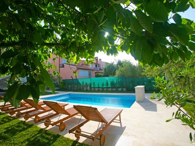 Photo for Cozy apartment 2+1 Porec with shared Pool
