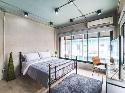 Photo for Light Loft 3BR/WIFI@Victory monument BTS