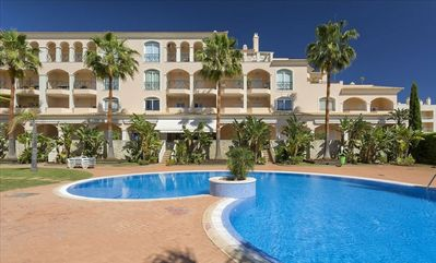 Photo for Vilamoura, Algarve, High quality apartment in modern development