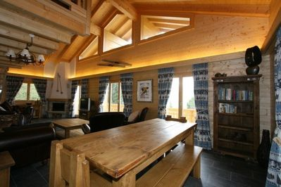 Chalet Forget Me Not- dining area