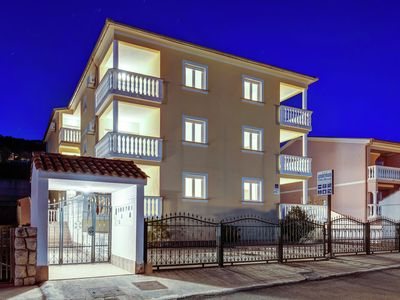 Luring Apartment in Dramalj with Swimming Pool