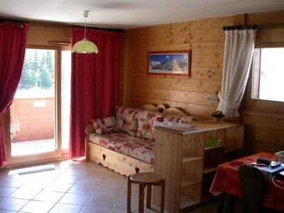 Photo for Comfortable apartment facing the slopes
