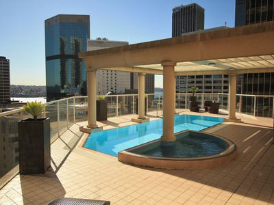 Photo for Circular Quay 2 Bed Apt. pool, WIFI, Air con.