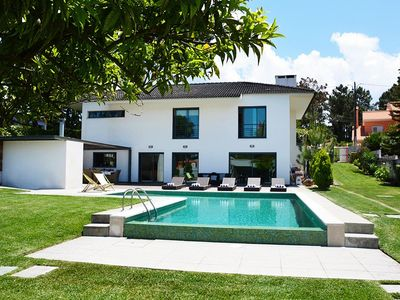 Photo for Spacious villa for 10 people, with private pool (9m x 6m), swing and gym.