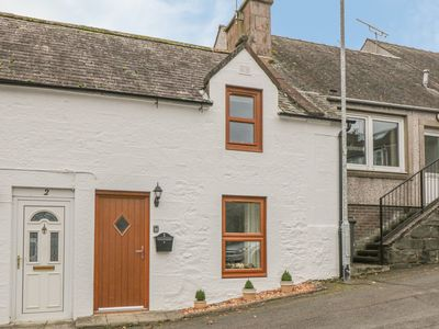 Photo for Oak Cottage, THORNHILL