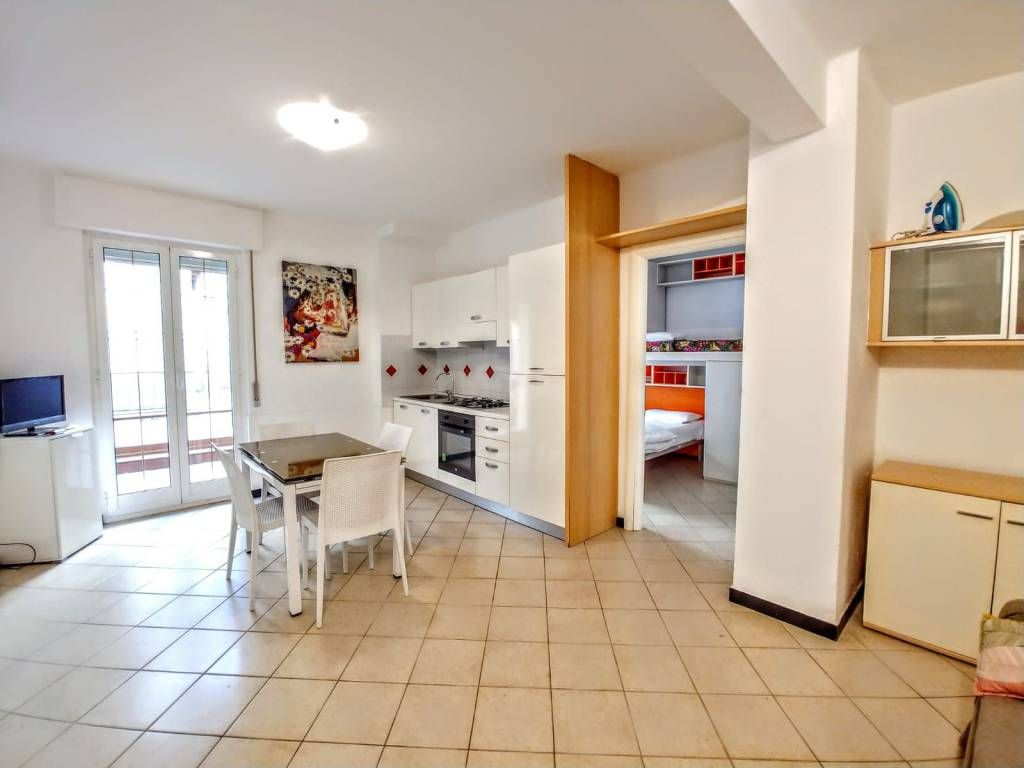 Appendi Pentole A Muro spacious and comfortable with large terrace a few steps from the center and  beach - alassio