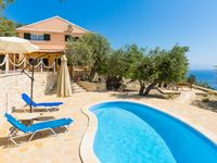 Awsesome spot villas has great views and all the right facilities plus Beaches walking distance a...
