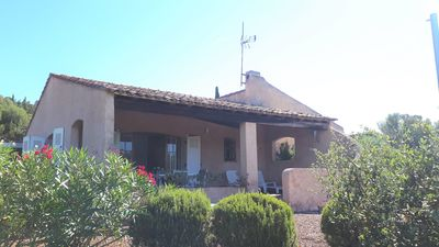 Photo for Agay, quiet villa close to beaches and shops on foot - air-conditioned