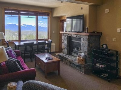 This condo offers beautiful mountain and valley views.