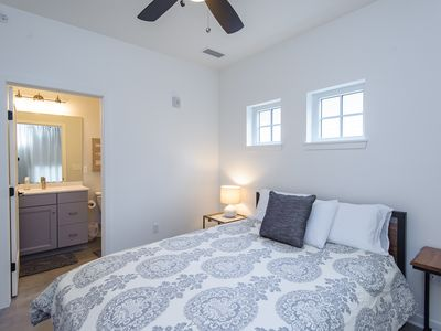 Photo for No Carpet, Fully-Furnished 2Bd/2Ba 7 Blocks to Mayo Clinic