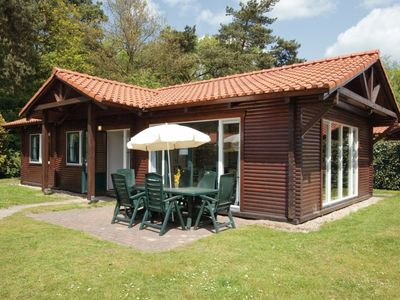 Photo for Bungalow in the holiday park Landal De Veluwse Hoevegaerde - Bicycle storage with charging point for e-bikes