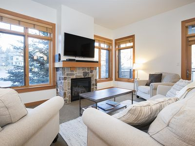Photo for Gorgeous Slopeside Condo, Renovated! ~ Capitol Peak Lodge