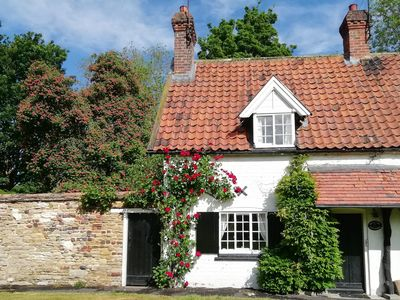 Photo for Willow Cottage, BEVERLEY