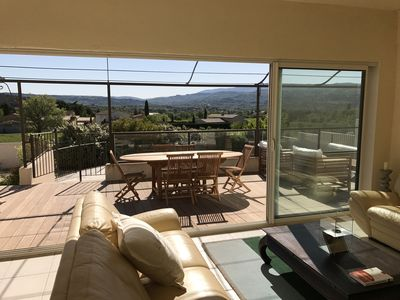 Photo for Beautiful villa 200 m2 with views and 2 pool houses near Roussillon luberon