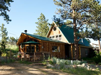 Rustic, comfortable, modern amenities, quiet and private