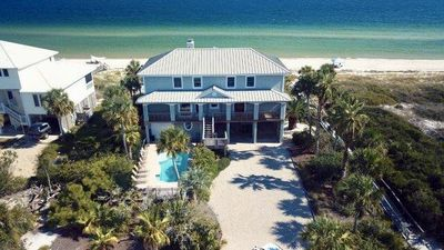 Photo for Gorgeous beach views 6 BR beachfront with heated pool