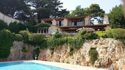 Photo for Charming, luxury villa in Biot, 4 bedrooms, sea view, large pool and garden