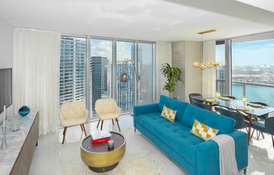 Photo for Stylish Corner Apartment, River&Bay View, Above W Hotel, FREE SPA, Pool, Gym