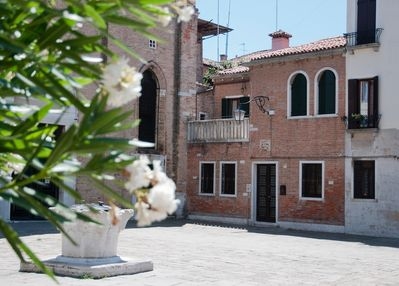 This is a whole house over two floors, overlooking one of venice's best squares