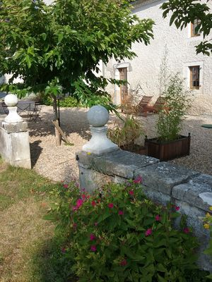 Photo for Between sea and mountains, cottages of charm 5 minutes from Orthez