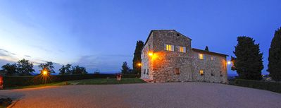 Photo for 7 bedroom Villa, sleeps 14 in San Gimignano with Pool and WiFi