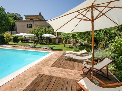 Photo for Detached villa with private pool 20 kms from Todi & Spoleto. Quiet area