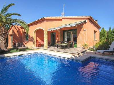 Photo for Cosy and floor holiday home with private swimming 1.5 km from the beach