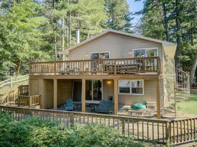 Photo for Four-bedroom home on beautiful Lake Delton