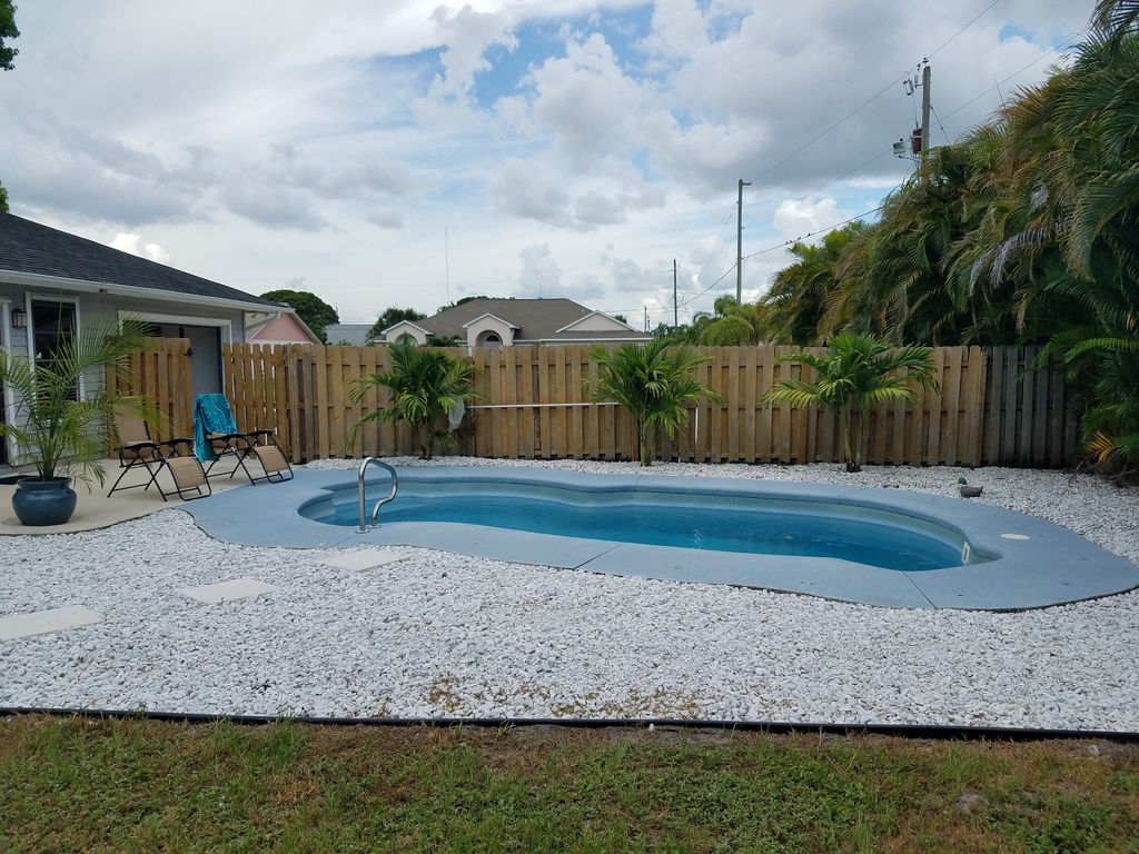 3 bed 2 bath private heated pool grill g vrbo