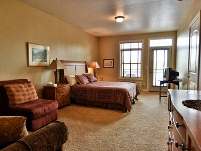 Photo for 1 BD/ 1BA Beautiful Efficiency Suite at Tagalong Golf Resort