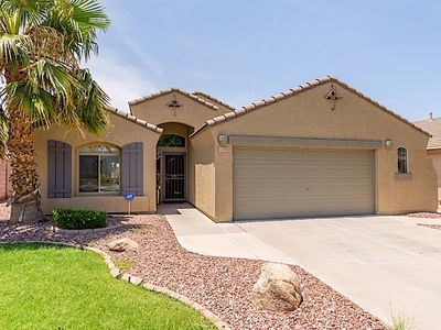 Photo for All Star Luxury 3 BR Home/ PVT Pool/ Chandler