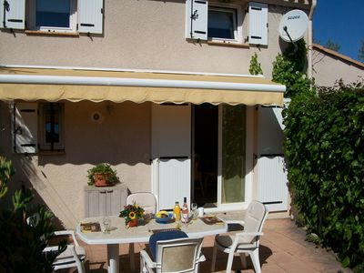 Photo for Family friendly villa only 5 minutes walk to the Cap d'Agde beach (Richelieu)