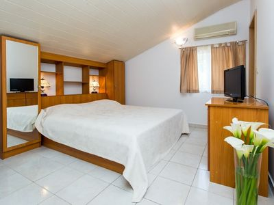 Photo for Villa 295 m from the center of Zaton with Air conditioning, Parking (309783)