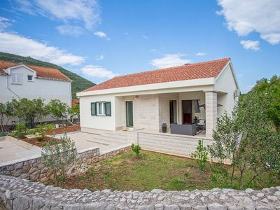 Photo for Holiday home Damir, (15563), Mali Ston, Peljesac peninsula, Croatia