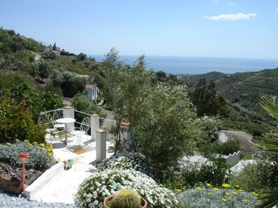 Photo for Lone-standing finca with sea view and pool