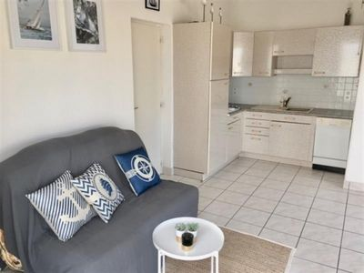 Photo for Apartment Larmor-Plage, 1 bedroom, 4 persons