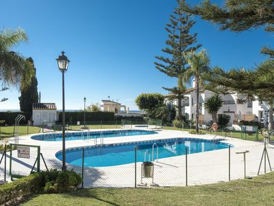 Photo for Lovely semi-detached villa with pool and tennis just 400m from the beach