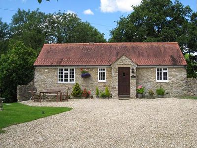 Photo for Magpie Cottage, SOUTH BREWHAM