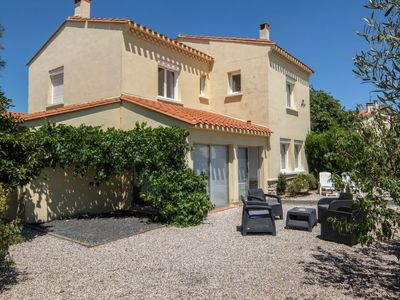 Photo for Vacation home Pierre Marie  in Saint Cyprien, Pyrénées - Orientales - 10 persons, 6 bedrooms