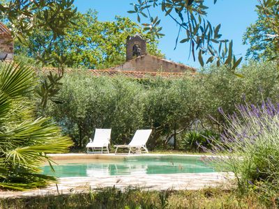 Photo for A quiet cottage with swimming pool in vineyard