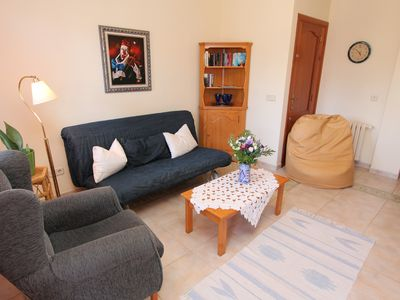 Photo for Comfortable holiday apartment, 5 minutes away from the beach