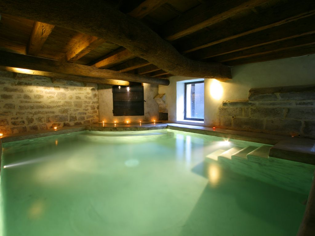 House with heated indoor pool all year long (Avignon St Remy ...