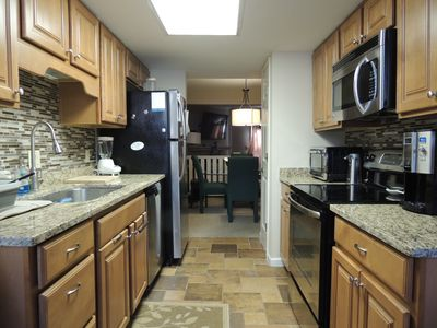 103 Beachwalk Remodeled Close to Beach! Near Pool 2 BR 2.5 BA Summer Avail