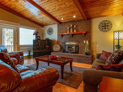 Photo for Completely Remodeled Interior, 3 BR Mountain Retreat w/ A/C